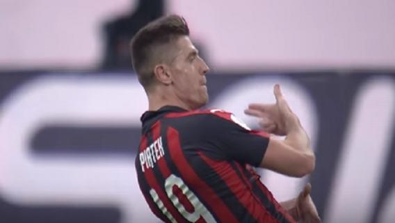 Pech Lewandowskiego, dyskretny występ Piątka. Bayern pokonał Milan w sparingu