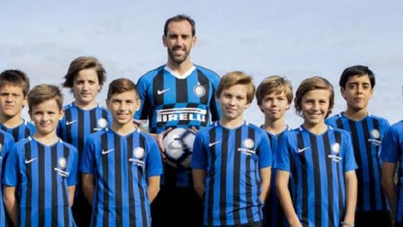 Inter Mediolan podpisał kontrakt z Diego Godinem