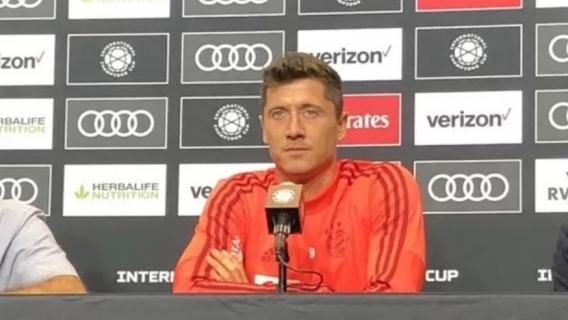 Robert Lewandowski krytykuje Bayern