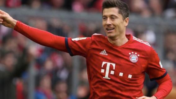 Robert Lewandowski na dłużej w Bayernie
