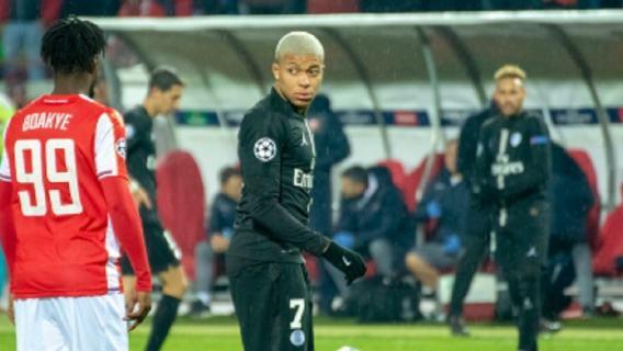 Kylian Mbappe poważnie kontuzjowany. Ile może potrwać przerwa najlepszego młodego zawodnika?