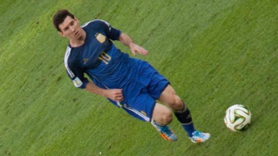 Leo Messi kontuzjowany. Jak długo może potrwać przerwa Argentyńczyka od gry?