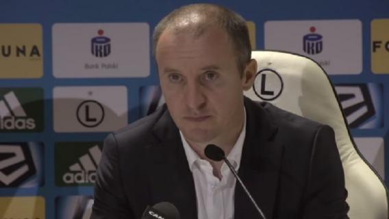Kulenović odejdzie z Legii? Vuković: chce go drużyna z Ligi Mistrzów, nie pracują tam idioci