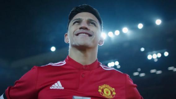 Alexis Sanchez krytykuje Manchester United.