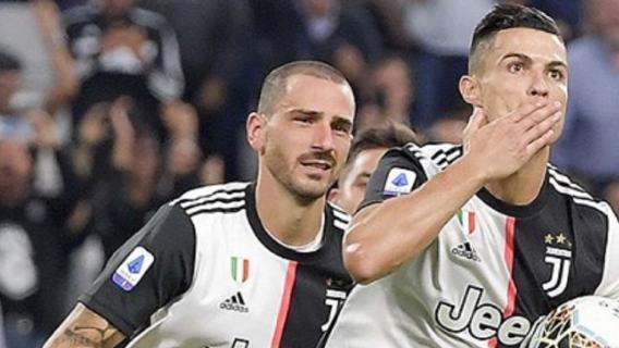 Cristiano Ronaldo pocałował kolegę po ostatnim zwycięstwie. Zdjęcie podbija internet