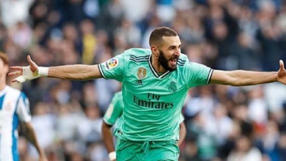 Ile zarabia Karim Benzema?