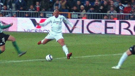 Ronaldo. Najwybitniejszy napastnik wszechczasów