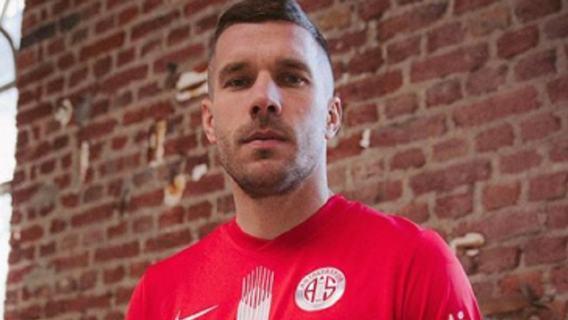 Lukas Podolski przerywa milczenie. Dlatego nie przeszedł do Górnika Zabrze
