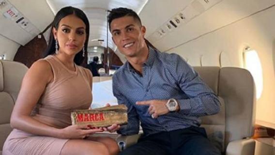 Cristiano Ronaldo daje