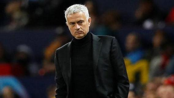 Jose Mourinho walczy z epidemią. Słynny trener zakasał rękawy i ruszył na pomoc potrzebującym (WIDEO)