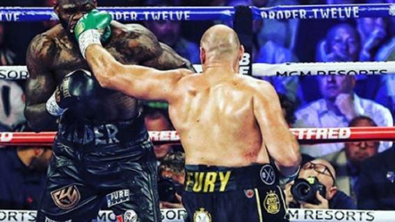 Świeżo upieczony mistrz świata kończy z boksem. Padła poważna deklaracja