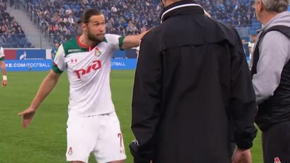 Grzegorz Krychowiak nakrzyczał na swojego trenera podczas meczu. Szkoleniowiec skomentował zajście (WIDEO)