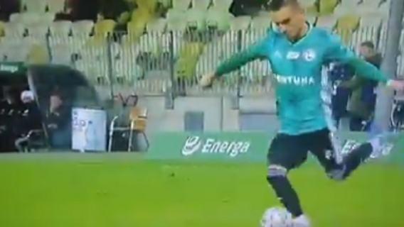 Legia Warszawa Karbownik wpadka