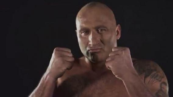 Piękny gest Marcina Najmana. Gwiazda Fame MMA nie zapomina o swoim idolu z dzieciństwa