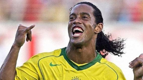 Ronaldinho wpadł w wielkie tarapaty. Legenda Barcelony została aresztowana