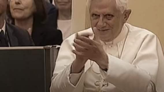 Benedykt XVI obchodzi dziś urodziny. Na jaw wyszło, komu kibicuje, papież zdradził swój sekret