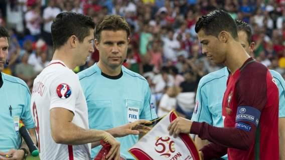 Robert Lewandowski pokonał Cristiano Ronaldo. Polak dołączył do elitarnego grona