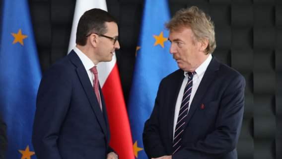 Mateusz Morawiecki zadecydował ws. wznowienia Ekstraklasy. Postawił jeden warunek