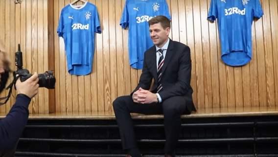 Polak na liście życzeń Glasgow Rangers! Chce go sam Steven Gerrard