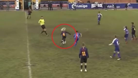 Młody Polak czaruje w juniorach Barcelony. Strzelił gola Realowi, to