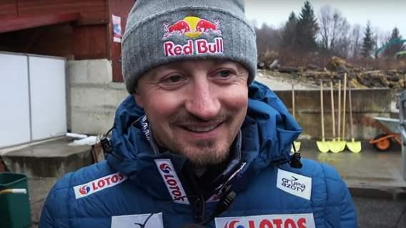 Adam Małysz przerwał milczenie. Przed tysiącami widzów skrytykował jednego z polskich skoczków.