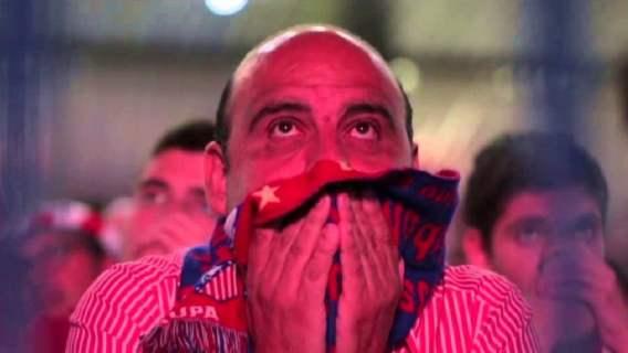 Strzał w ostatnich sekundach meczu zmienił historię Ligi Mistrzów. Reakcje kibiców mówią wszystko (WIDEO)