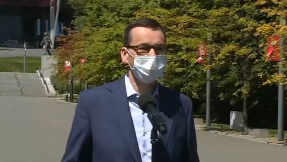 Pilne. Mateusz Morawiecki podał datę powrotu kibiców na stadiony Ekstraklasy
