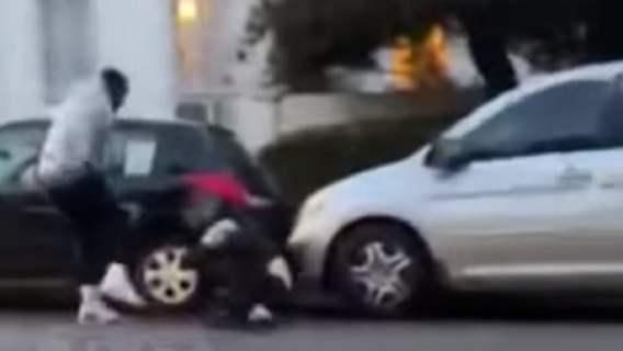 Gwiazdor bezlitośnie skatował agresora. Wstrząsające nagranie z incydentu (WIDEO)