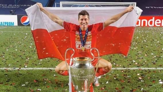 Robert Lewandowski nagrał wideo z szatni Bayernu Monachium. Nagle zwrócił się do swojego kolegi, jego słowa podbiły sieć