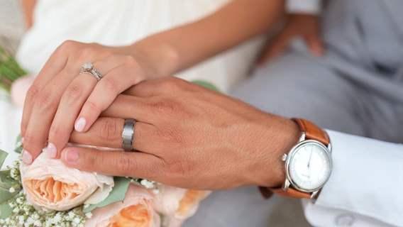 Świat sportu w szoku. Znany gwiazdor planuje ślub z własną siostrą, kobieta przyjęła jego oświadczyny