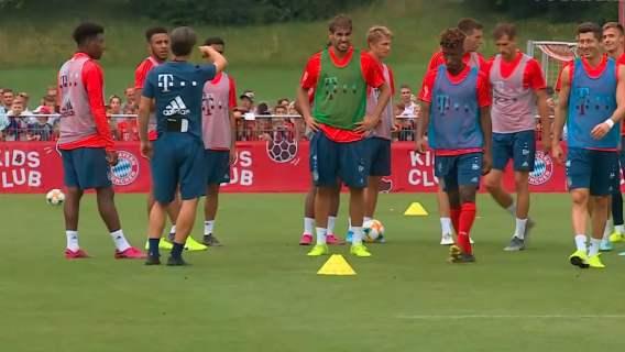 Wszyscy zaniemówili podczas treningu Bayernu. Nad boiskiem pojawiła się maszyna, musiała przyjechać policja