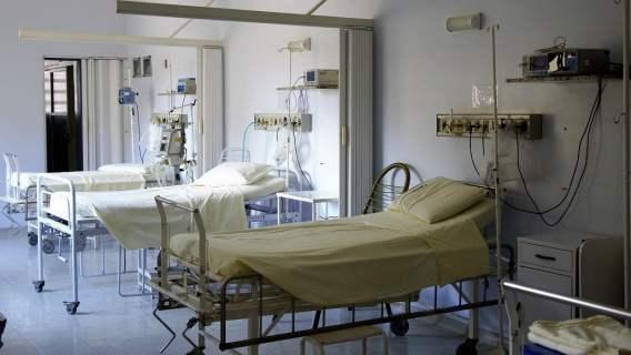 Z ostatniej chwili. Legenda piłki nożnej walczy o życie w szpitalu, świat futbolu wstrzymał oddech