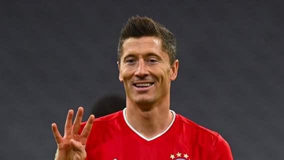 Robert Lewandowski został wybrany najlepszym na świecie. Odstawił wielkiego Leo Messiego, pękamy z dumy