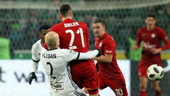Lech Poznań zaczyna zbrojenia przed Ligą Europy. Zamierza sprowadzić wielką gwiazdę, znają ją wszyscy fani w Polsce