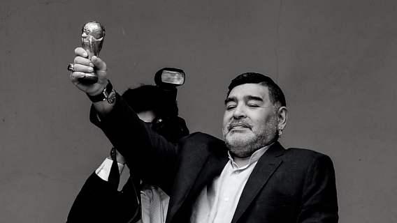 Media właśnie podały tragiczną wiadomość. Nie żyje Diego Armando Maradona