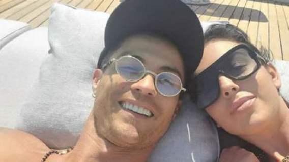 Narzeczona Cristiano Ronaldo bez ubrań przed tysiącami fanów. Co za ciało, zdjęcie tylko dla dorosłych (FOTO)