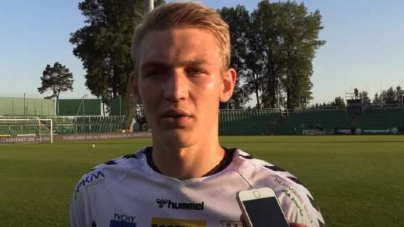 Zaskakująca decyzja największego talentu w polskiej piłce. Miał trafić do uczestnika Ligi Mistrzów, wybrał Ekstraklasę