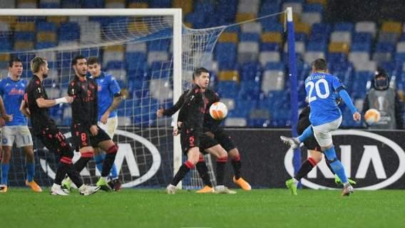 Przepiękny gol Piotra Zielińskiego. Polak nie dał szans, huknął z powietrza, jak z armaty, stadiony świata (WIDEO)