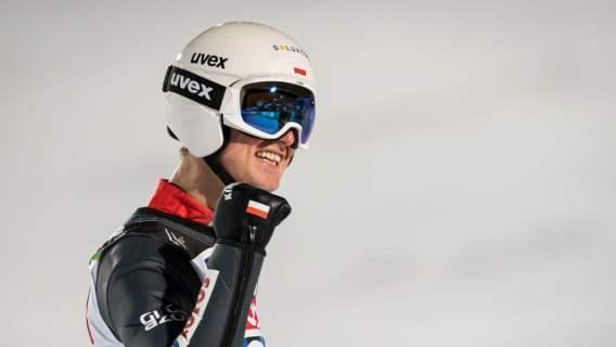 Polacy właśnie zdobyli medal MŚ w lotach narciarskich. Jesteśmy dumni, piękny moment, brawo