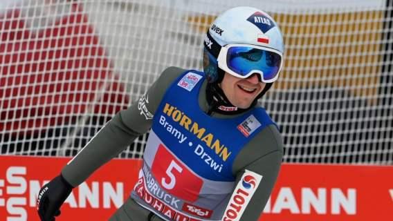 Wielki Kamil Stoch wygrywa w Innsbrucku. Nie miał sobie równych, dwóch Polaków na podium, pękamy z dumy