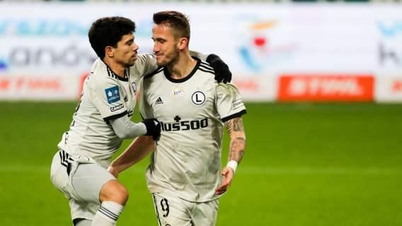 Legia Warszawa w ćwierćfinale Pucharu Polski, dwie czerwone kartki w końcówce