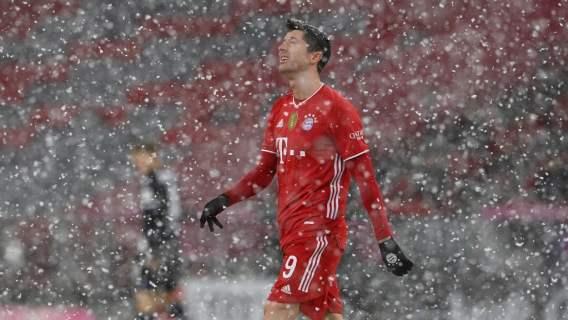 Robert Lewandowski z golem w meczu z Arminią. Szalony mecz w Monachium